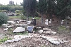קבר-אחים-2